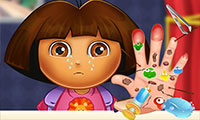 Dora y su mano lastimada