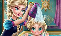 Baña a la bebé de Elsa