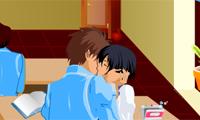 Embrasser en plein cours