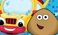Lavando o Carro do Pou