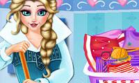 Elsa limpia su casa