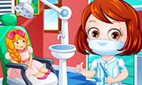 Baby Hazel: Dentist Dress Up
