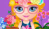 Baby Barbie nel negozio di fiori
