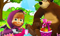 Masha and the Bear: Picnic Fun