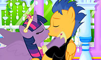 Twilight and Flash Kissing